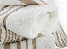 Bath Towels and Bath Sheets Blue Shelves, Wood Bath, Luxurious Bedrooms, Beige Bedrooms, Luxury Bedrooms, Luxury Towels, Bath Sheets, White Rooms, Quilt Cover Sets