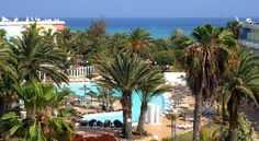 Hotel Fuerteventura Playa Costa Calma This all-inclusive beach front resort is ideally located in the south of Costa Calma, overlooking the Atlantic and surrounded by lush greenery.