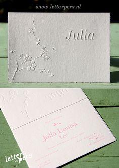 letterpers_letterpress_geboortekaartje_-julia_magnolia_preeg_charmant_roze_scheprandje
