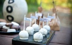 Cakepop/cupcake toppers