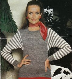 Vintage Knitting Pattern Instructions Ladies Jumper with Dolman Sleeves 4 Sizes