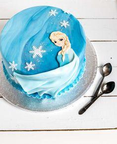 Frozen kakku ja ohjeita kuorrutteen marmorointiin - Frozen Cake