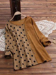 Pakistani Fashion Casual, Indian Fashion Dresses, Fashion Outfits, Stylish Dresses For Girls, Stylish Dress Designs, New Blouse Designs, Kurta Designs Women, Kurti Designs Party Wear, Mode Hijab