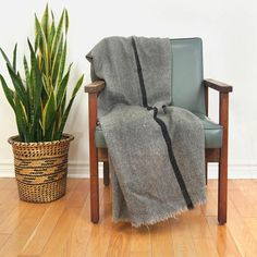 Vintage wool military style blanket / Warm gray throw blanket
