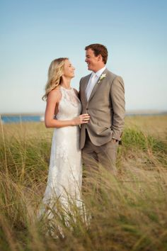 Beach chic at its finest #bride #beach | Classic Cape Cod Wedding from Person + Killian Photography  Read more - http://www.stylemepretty.com/massachusetts-weddings/2013/10/25/classic-cape-cod-wedding-from-person-killian-photography/