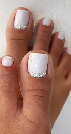 35 Free Oriflame Pedicure Daily Foot Care Ideas New 2019 Page 16 of . - 35 Free Oriflame Pedicure Daily Foot Care Ideas New 2019 Page 16 of 35 # fashionhijab - Pretty Toe Nails, Cute Toe Nails, Cute Toes, Pretty Toes, Toe Nail Art, My Nails, Gel Toe Nails, Feet Nail Design, Toe Nail Designs