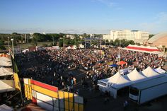 Argus Leader RibFest kicks off the weekend after Memorial Day with 3 nights of entertainment and enough ribs to keep you happy for quite a while. | Visit Sioux Falls