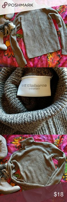 Liz Claiborne turtleneck sweater size M Versatile brown turtleneck ribbed sweater. No damage. Liz Claiborne Sweaters Cowl & Turtlenecks