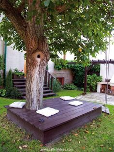 Don't go for the traditional sitting ideas but sometimes do some crazy stuff like this. Recycle this sitting arrangement along with the tree, sit in the shadow of the tree and feel the difference. Enjoy the cool breeze in winter season and some strong winds in summer right beneath the tree.