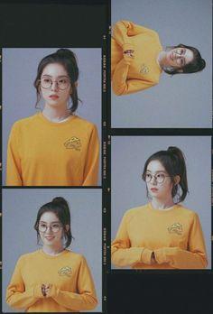 Rv Wallpaper, Velvet Wallpaper, Kpop Girl Groups, Kpop Girls, Instagram Frame Template, Photo Collage Template, Kodak Film, Red Velvet Irene, Girl Photography Poses