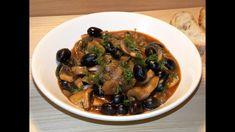 Mushroom stew with olives (Tocanita de ciuperci cu masline) Creamy Mushrooms, Stuffed Mushrooms, Mushroom Stew, Vegan Recipes, Cooking Recipes, Food Videos, Food To Make, Pork, Vegane Rezepte