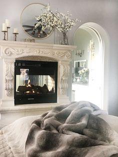 Best Bedroom Colors, Bedroom Color Schemes, Bedroom Fireplace, Fireplace Mantels, Getting Out Of Bed, Bedroom Layouts, Master Bedroom Design, Home Decor Trends, Summer