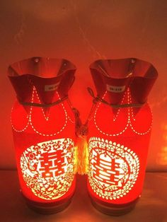 Chinese Wedding Decoration Lamp -17 Traditional Chinese Wedding Ideas, http://hative.com/traditional-chinese-wedding-ideas/,
