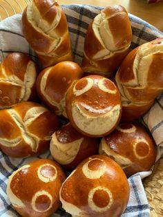 Home Bakery, Bread Baking, Baking Cakes, Pretzel Bites, No Bake Cake, Muffins, Rolls, Favorite Recipes, Food