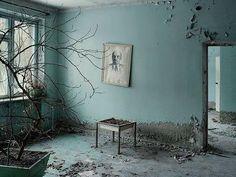 Cédric Delsaux, Tchernobyl 5, salle d'attente, Prypiat, Ukraine, 2007