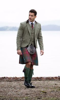 VISIT FOR MORE Try Designing Your Own tweed jacket and waistcoat to complete your Kilt outfit. The post Try Designing Your Own tweed jacket and waistcoat to complete your Kilt outfit. Scottish Dress, Scottish Clothing, Scottish Man, Scottish Fashion, Scottish Kilts, Irish Fashion, Grooms In Kilts, Men In Kilts, Kilt Men