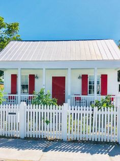 """The cigar workers' cottages are simple, single-story structure. Sometimes referred to as """"Shotgun"""" houses, named for the ability to shoot a bullet straight through the hallway of the home so it goes in the front door and out the back. Key West Florida, South Florida, Shotgun House Interior, Story Structure, Cigar, Cottages, Bullet, Tourism, Houses"""