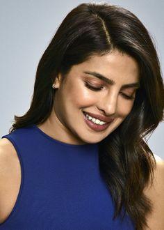Parneeti Chopra, Indian Heroine, Priyanka Chopra Hot, Chansoo, Indian Girls Images, Beautiful Indian Actress, Indian Actresses, Bollywood, Photoshoot