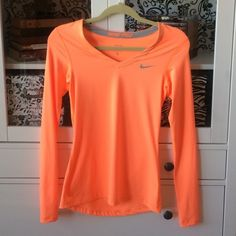❗️TONIGHT ONLY❗️Nike Pro Neon Running Top Long sleeve Nike Pro running top. New, never worn. Size S. ❌NO TRADES, PAYPAL❌ Nike Tops Tees - Long Sleeve