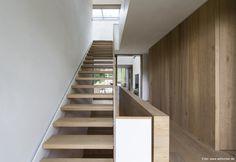 Berschneider + Berschneider, Architekten BDA + Innenarchitekten, Neumarkt: Neubau WH D Neumarkt (2013) Stair Railing, Stairs, Rural House, House Interiors, Asian Style, Nook, Building A House, Architecture Design, Minimalism