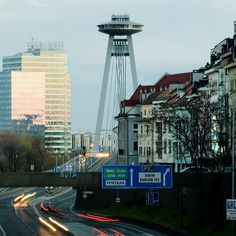 Bratislava-bridge, Slovakia // that totally looks like the Space Needle Montenegro, Places To See, Places Ive Been, Bósnia E Herzegovina, Bratislava Slovakia, Heart Of Europe, World Cities, Central Europe, Travel And Leisure