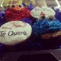 Elmo & cookies mounster