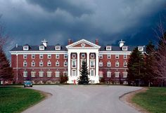 Pickering College the best placea pf te world <3