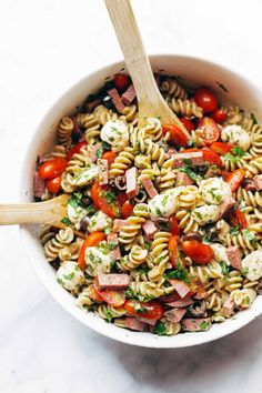 This recipe is sponsored by DeLallo. In my mind, a nice classic PASTA SALAD serves one of two scenarios: Attending a picnic, potluck, or other end-of-summer-everyone-bring-something type party; Addres