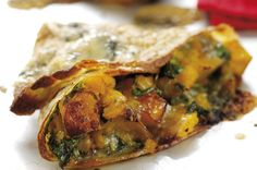 Who said pancakes had to be sweet? This butternut squash and stilton pancake recipe is perfect for a savoury snack. Pancake Fillings, Savoury Pancake Recipe, Perfect Pancake Recipe, Savory Pancakes, Pancake Recipes, Pancake Flavors, Cheese Pancakes, Waffle Recipes, Veggie Recipes
