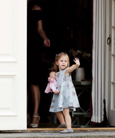 Royal Tots - Princess Josephine of Denmark Denmark Royal Family, Danish Royal Family, Danish Royals, Swedish Royals, Nice Dresses, Flower Girl Dresses, Summer Dresses, Princess Josephine Of Denmark, Her Majesty The Queen