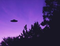 Imagem de alien, grunge, and purple