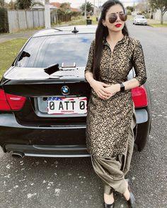 Pin by K J on suit in 2019 Patiala Suit Designs, Salwar Designs, Kurti Designs Party Wear, Blouse Designs, Simple Kurta Designs, Stylish Dress Designs, Stylish Dresses, Fashion Dresses, Punjabi Suits Party Wear