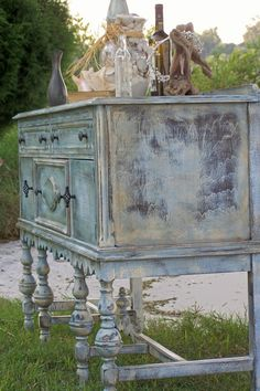 Rustic buffet IN SEARCH OF THIS!!!! I WANT IT SOOO BAD!