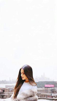 An angel Cried. An angel Cried. Ariana Grande Fotos, Ariana Grande Pictures, Ariana Grande Tumblr, Ariana Grande Cute, Adriana Grande, Ariana Grande Wallpaper, Foto Pose, Dangerous Woman, Selena Gomez