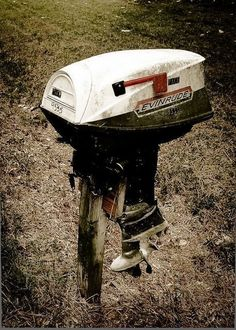 28 Unique Mailboxes That Are So Funny - Very creative way of repurposing an engine.