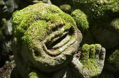 Sketch On Kyoto: Mossy Arhat(苔むした阿羅漢) Otagi Nenbutsu-ji Temple, Ukyō-ku, Kyōto Fujifilm Finepix X100 愛宕念仏寺(京都市右京区嵯峨鳥居本深谷町)