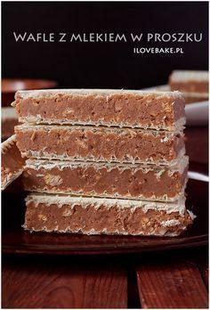 Wafle z mlekiem w proszku ilovebake.pl #bars Köstliche Desserts, Delicious Desserts, Dessert Recipes, Yummy Food, Ice Cream Candy, Polish Recipes, Pastry Cake, Mini Foods, Dessert For Dinner