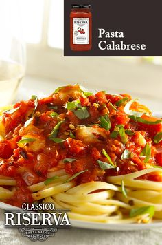 Serve up a simple, fresh pasta meal featuring Classico Riserva Marinara, chopped onion, fresh basil, and crushed red pepper. Quick and easy in just 25 minutes.