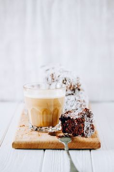 Mocha lamingtons - super moist and delicate cake coated with chocolate ganache and coconut. Croissants, Banana Coffee, Hot Coffee, Little Cakes, Macaron, Something Sweet, Dessert Recipes, Desserts, Pound Cake