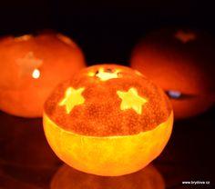 Svícen z mandarinky