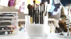 Say goodbye to messy counters and give your makeup a proper new home. Make your own DIY makeup organizer with these insanely cool ideas!