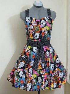 Sweetheart Hostess Apron  Day of the Dead Full by ApronsByVittoria, $35.00