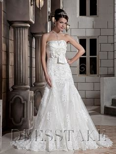 Pretty A-line Strapless Floor-length Lace White Wedding Dresses