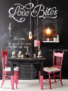 MAKE-LIVING: Black walls and our home!