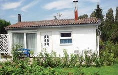 Holiday home Boiensdorf 19 Boiensdorf Set 39 km from Warnem?nde and 49 km from Timmendorfer Strand, Holiday home Boiensdorf 19 offers pet-friendly accommodation in G?stow. The unit is 20 km from K?hlungsborn.  A dishwasher, a fridge and a stovetop can be found in the kitchen.