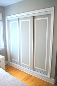 6th Street Design School | Kirsten Krason Interiors : Feature Friday: The Sweetest Digs Painted Closet Doors (pinned with permission from blogger)