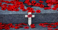 These Are Some Of The Most Poignant Photos From This Remembrance Day Flanders Poppy, Remember The Fallen, War Photography, Remembrance Day, Lest We Forget, 2017 Photos, Poppies, Kids Rugs, Aviation