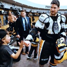 Sid is pretty sweet. But is that horny ripped as a mug back there