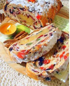 Паасброд. Голландский «кулич». Paasbrood. Cooking Time, Cooking Recipes, Fruit Bread, Sweet Pastries, Best Fruits, Saveur, International Recipes, Food Photo, Good Food