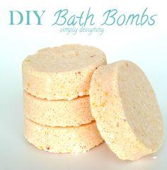 DIY Bath Bombs (aka fizzy bath bombs)